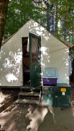 Double bed tent cabin picture of half dome village for Half dome tent cabins
