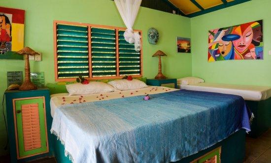 Banana Shout Resort : Dolphin Bay 1