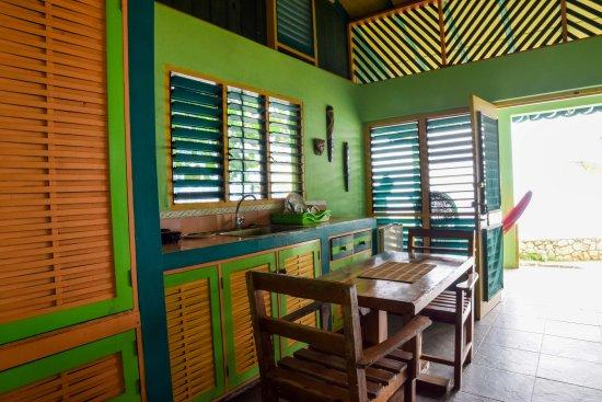 Banana Shout Resort : dolphin bay 2