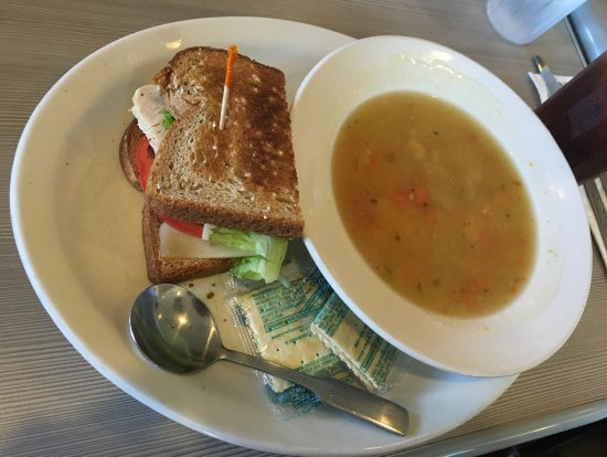 Ellensburg, WA: Soup and sandwich combination