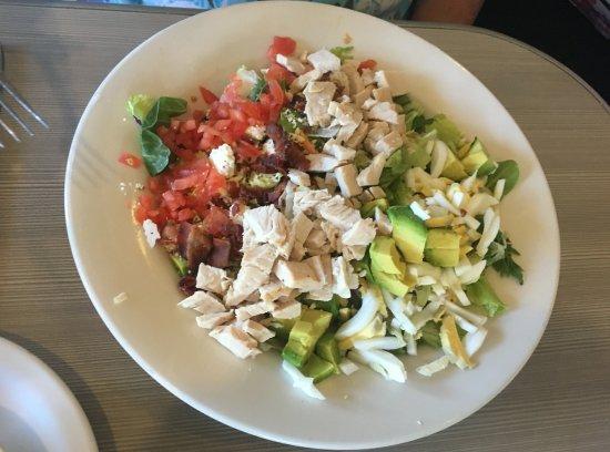 Ellensburg, WA: Cobb chicken salad