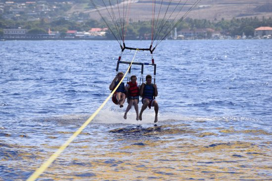 Ka'anapali, Χαβάη: West Maui Parasail - Dip Anyone?