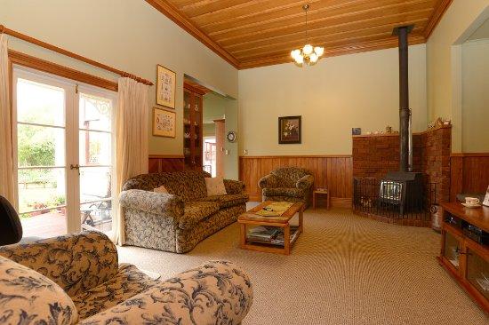 فيلا هايتس بي آن بي: Guest Lounge