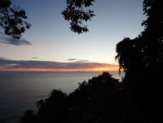 Bosque del Cabo Rainforest Lodge: Sunset