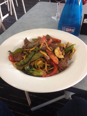 Hallidays Point, Australia: Beef, chilli and basil stir fry