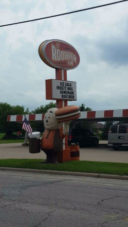 Oglesby, IL: The Root Beer Stand