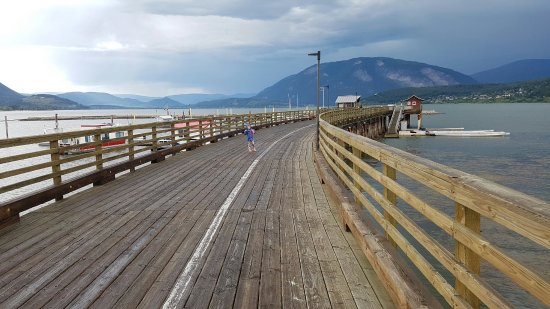 Salmon Arm, Kanada: 20160714_185420_large.jpg