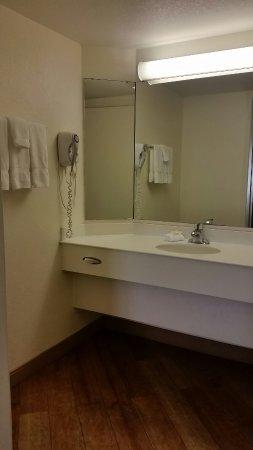 La Quinta Inn San Diego - Miramar: Bathroom