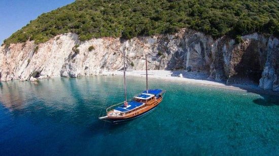 Lefkada Cruise Agios Dimitrios