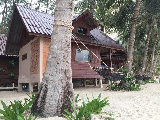 Haad Khuad Resort: Wonderful beach🌴🏊🏻