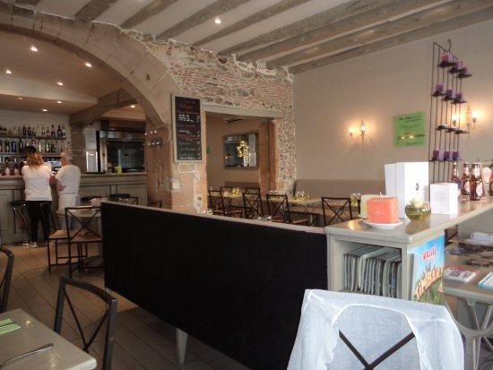 Le Dos de la Cuillère : Salle du restaurant.