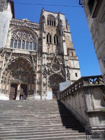 Le Dos de la Cuillère : La cathédrale St Maurice à Vienne.