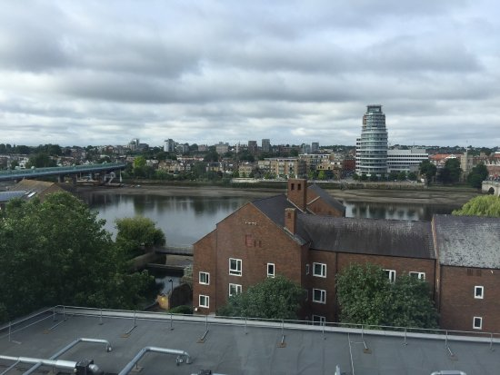 Premier Inn London Putney Bridge Hotel: photo1.jpg