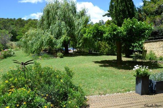 Baron, Fransa: Jardin