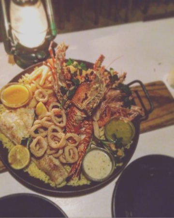 Jeffreys Bay, Sør-Afrika: Seafood platter for two