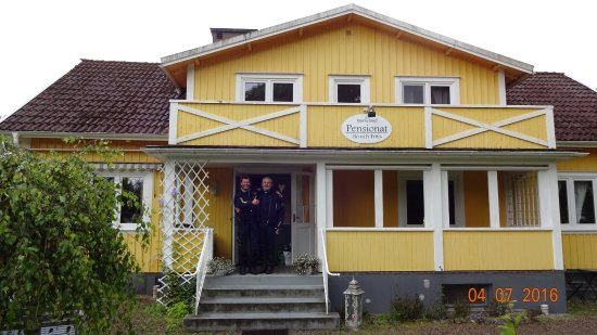 Almhult, สวีเดน: Aussenansicht Pension