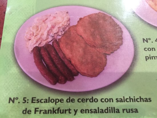 Malpartida de Plasencia, Ισπανία: Cartel con detalle de uno de los muchos platos combinados