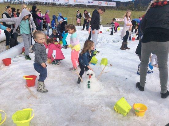 Pokolbin, Avustralya: Snow pit