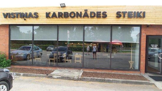 Baltezers, لاتفيا: Kanasalaatti
