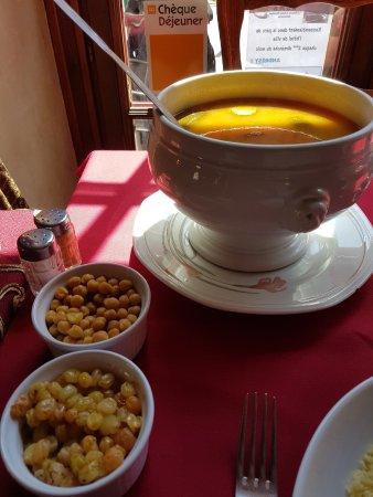 La Table Marocaine Déco Simple Et Sympa Picture Of La Table