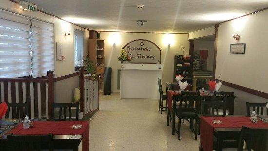 Blangy-le-Chateau, Prancis: Nouvelle deco du restaurant