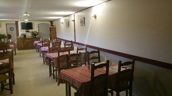 Blangy-le-Chateau, ฝรั่งเศส: Nouvelle deco du restaurant