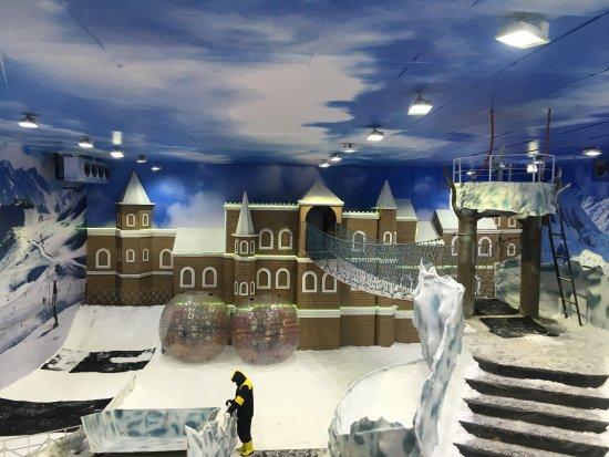 Bhopal, الهند: Snow Mastiii - Bhopal