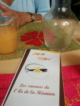 Montesson, Fransa: Dépliant du resto