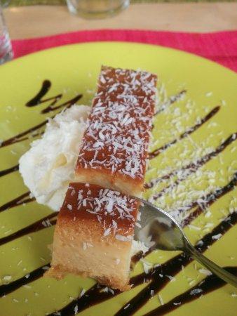 Montesson, Франция: Flan coco