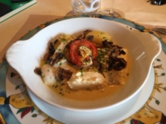 Accueil chaleureux et dessert extraordinaire photo de - Saint valery en caux restaurant du port ...