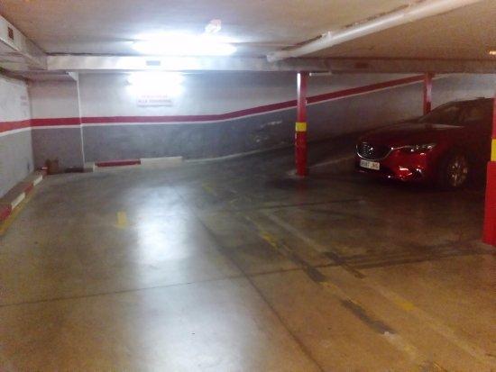 Ciudad de Alcala: Salida garaje