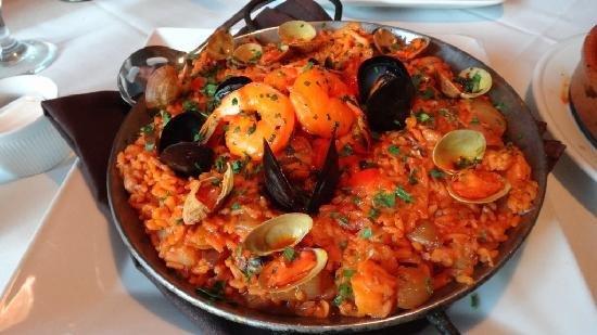 Restaurante Neptuno : Special offer - red paella
