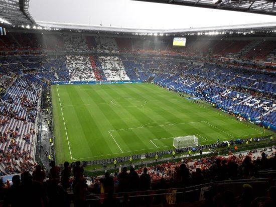 Visite du Groupama Stadium: Intérieur du stade vu depuis une place de catégorie 3