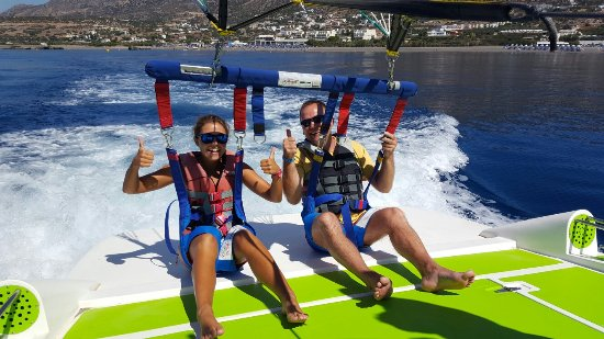 ‪‪Koutsounari‬, اليونان: Parasailing watersports center‬