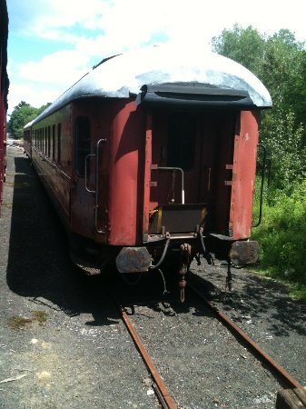 Belfast, ME: A dining and a coach car waiting to be restored.
