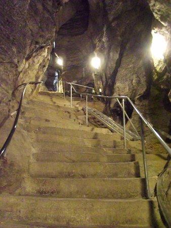 Castleton, UK: More steps