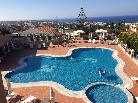 Pilot's Villas Luxury Suites : photo0.jpg