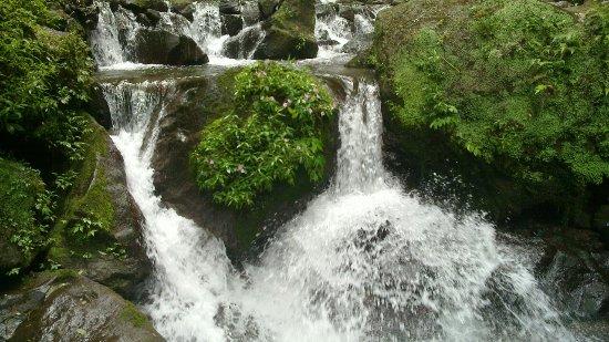 Air Terjun Jumog