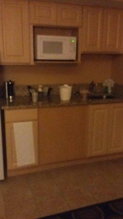 BEST WESTERN New Smyrna Beach Hotel & Suites: Great location