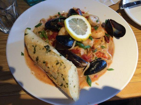 Newburyport, MA: Michael's Seafood Pasta Toss - Beyond delicious!