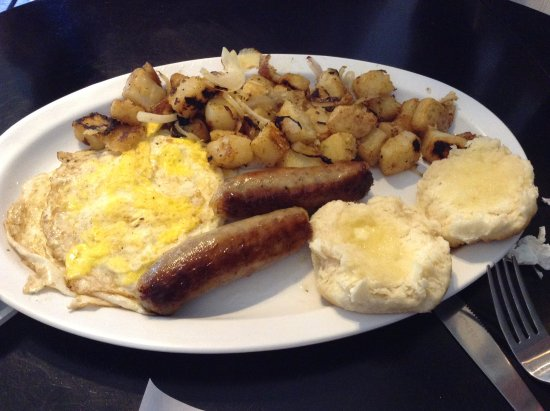 Montross, VA: Breakfast Platter