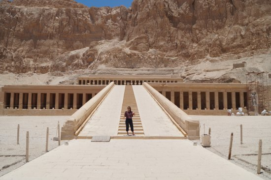Habibitours - Day Tours: Sister in front of Hatshepsut temple. There might have been ten more people max.