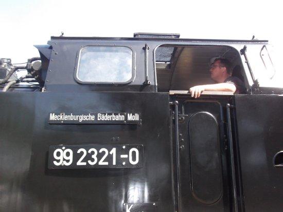 Bad Doberan, Jerman: Molli steam train and driver
