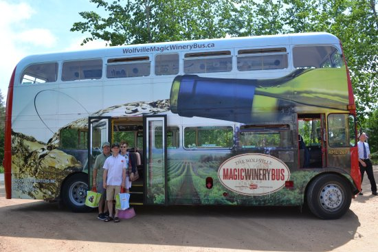 Wolfville Magic Winery Bus: Feel the Magic! (Yes, that's the amazing bus driver Rob to the immediate right of the photo).