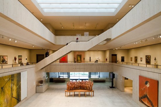 ‪Chazen Museum of Art‬