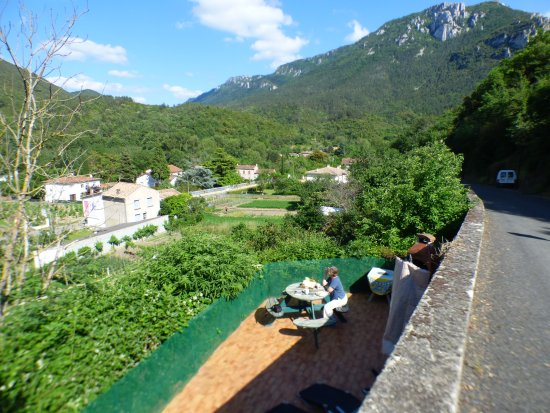 Belvianes et Cavirac, Fransa: View from the terrace