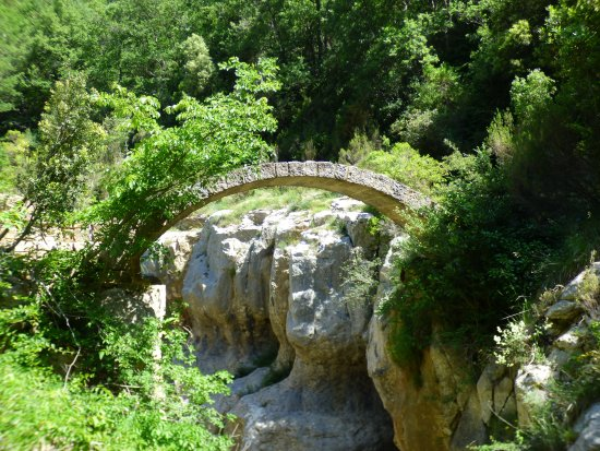 "Belvianes et Cavirac, Fransa: The ""roman bridge"" local walk we did go on"