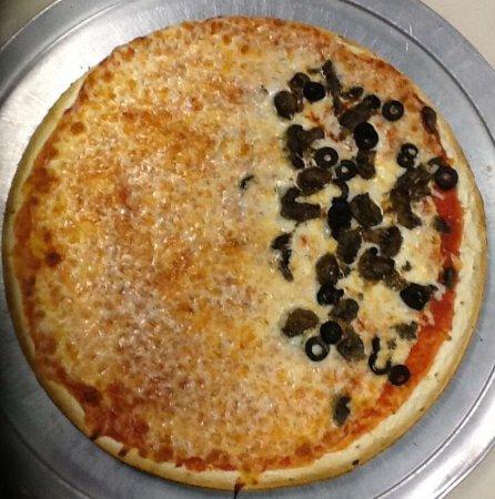 Arlington, TN: Rizzi's Pizza Cafe