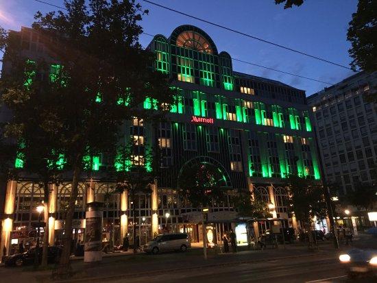 Vienna Marriott Hotel: photo0.jpg