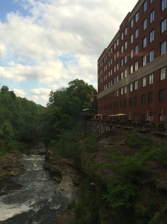 Cuyahoga Falls, OH: Beautiful view